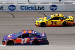 Denny Hamlin, Joe Gibbs Racing, Toyota Camry FedEx Ground and Michael McDowell, Front Row Motorsports, Ford Fusion Love's Travel Stops