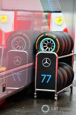 Mercedes AMG F1 Pirelli tyres
