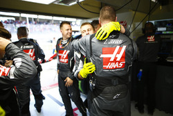 Haas F1 engineers celebrate the team's best finish to date