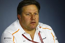 Zak Brown, Director Ejecutivo, McLaren Technology Group, en la conferencia de prensa de los directores del equipo