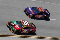 Kyle Busch, Joe Gibbs Racing, Toyota Camry M&M's Flavor Vote Denny Hamlin, Joe Gibbs Racing, Toyota Camry FedEx Express