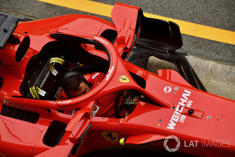 Ferrari SF-Ferrari SF71H'nin Halo üzerinde bulunan aynaları
