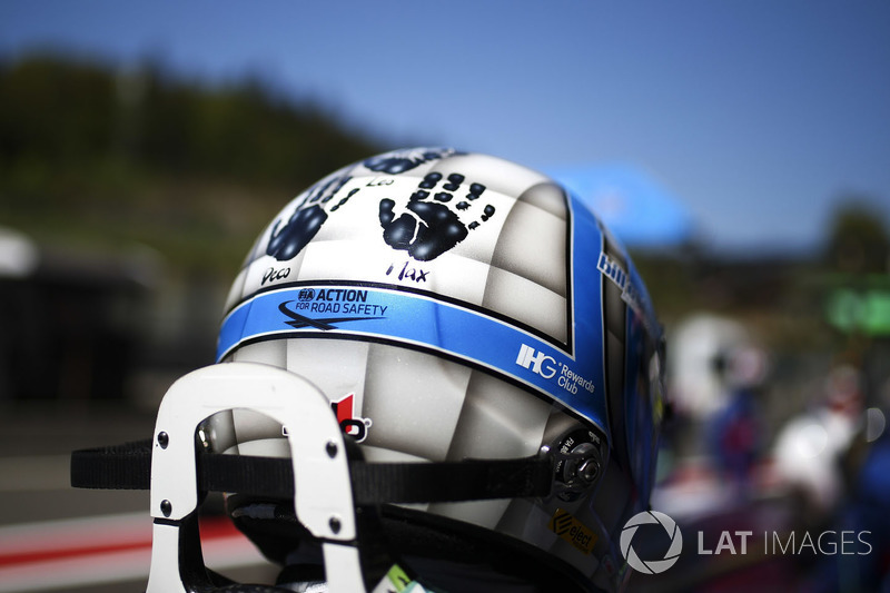 #67 Ford Chip Ganassi Racing Ford GT: Tony Kanaan helmet