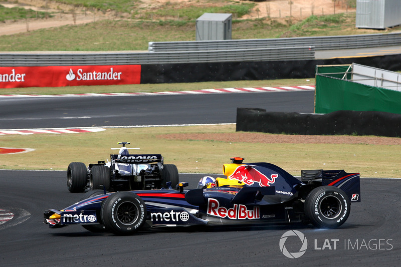 22. El Red Bull Racing RB3 de F1