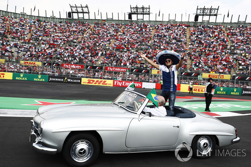 Felipe Massa, Williams, in the drivers parade
