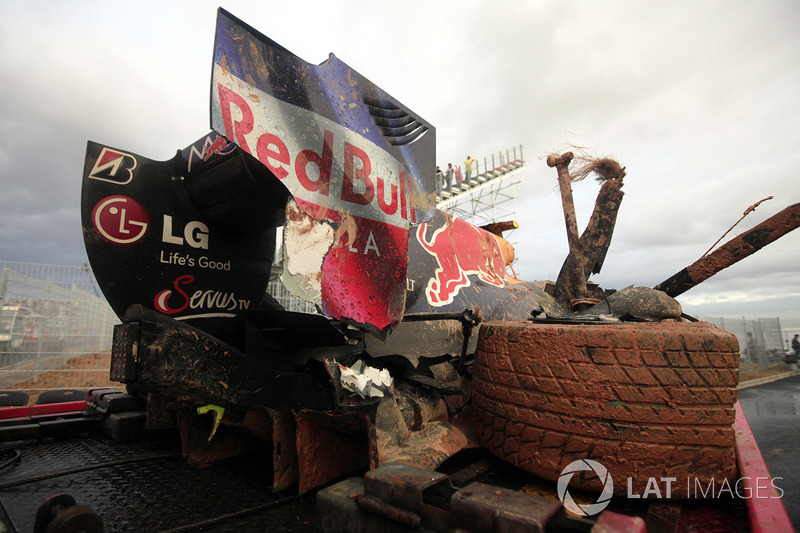 The crashed car of Mark Webber, Red Bull Racing RB6