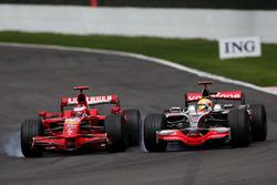 Kimi Raikkonen, Ferrari F2008, Lewis Hamilton, McLaren Mercedes MP4/23