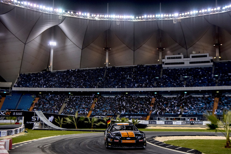 Rene Rast, guida la Whelen NASCAR
