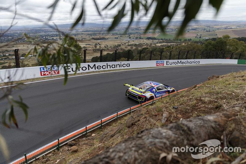 Эндрю Бэгнолл, Мэтью Холлидей, Джонни Рид, International Motorsport, Audi R8 LMS (№82)