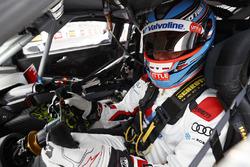 #22 Audi Sport Customer Racing Audi R8 LMS: Garth Tander