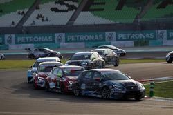 Mato Homola, Seat Leon, B3 Racing Team Hungary and Pepe Oriola, SEAT León, Team Craft-Bamboo LUKOIL