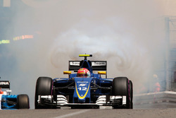Felipe Nasr, Sauber C35 casse son moteur en qualifications
