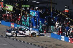 Brad Keselowski, Team Penske Ford goes behind the wall after a blown engine