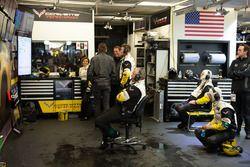 Larbre Competition ambiente en el garaje