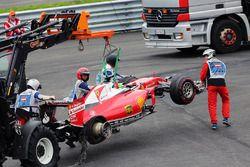 Sebastian Vettel, Ferrari SF16-H retired from race when his rear tyre exploded