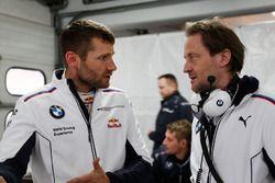 Martin Tomczyk, BMW Team Schnitzer, BMW M4 DTM y Engineer Michael Koelbl