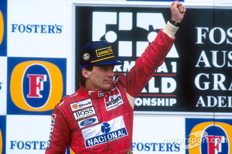 Podium: Race winner Ayrton Senna, McLaren celebrates