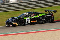 Ferrari 458 Italia-GT3 #69, Mancinelli-La Mazza, Easy Race