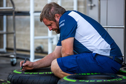 Williams techneut markeert de Pirelli-banden