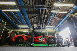 #666 Barwell Motorsport, Lamborghini Huracan GT3: Mark Poole, Richard Abra, Joe Osborne