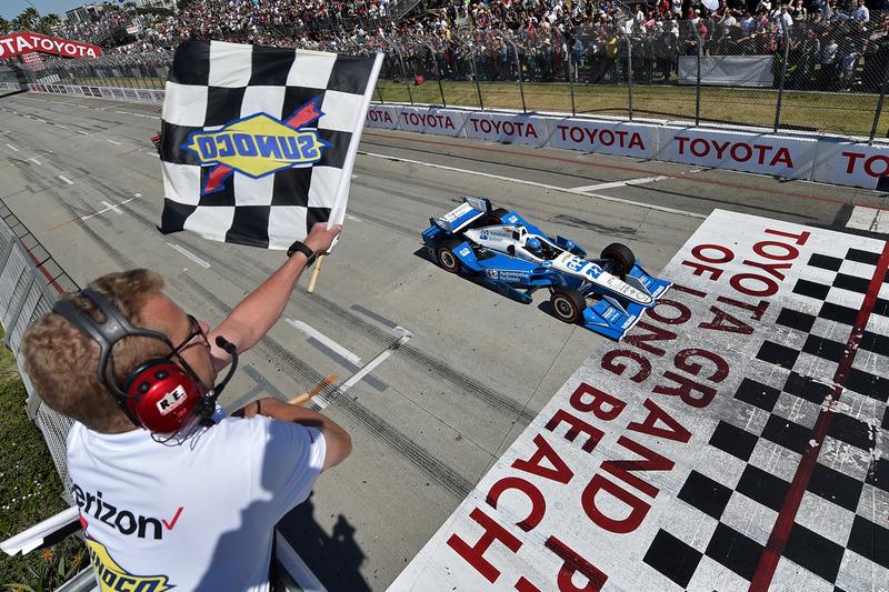 Long Beach, première victoire avec Penske
