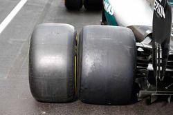 Mercedes AMG F1 W06 Hybrid con neumáticos Pirelli 201y y 2017
