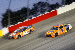 Matt Kenseth, Joe Gibbs Racing Toyota, Matt DiBenedetto, BK Racing Toyota