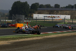Kush Maini, BVM Racing si gira dopo un contatto