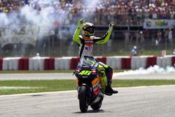 Winnaar Valentino Rossi, Honda Team