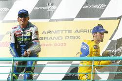 Podium: race winner Sete Gibernau, Telefónica Movistar Honda and third place Max Biaggi, Pramac Pons