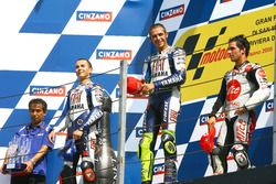 Podium: Winner Valention Rossi, Yamaha; second place Jorge Lorenzo, Yamaha; third place Toni Elias,