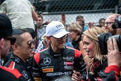Starting grid, #00 AMG-Team Black Falcon, Mercedes AMG-GT3: Music Band, Linkin Park, Chester Benning