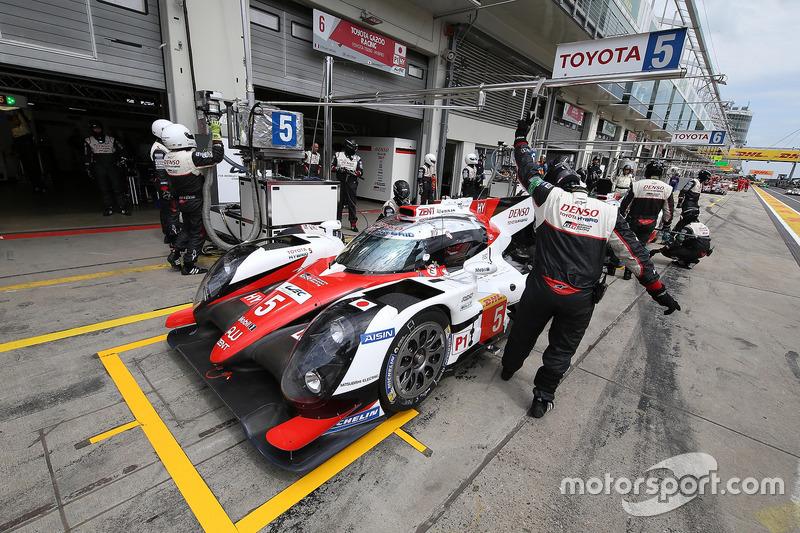 Toyota Racing, Toyota TS050 Hybrid: Anthony Davidson, Sebastien Buemi, Kazuki Nakajima