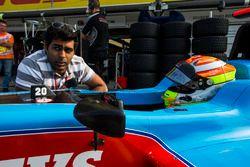 Karun Chandhok met Arjun Maini, Jenzer Motorsport