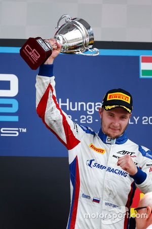 Sergey Sirotkin, ART Grand Prix lifts the trophy after winning in Hungary