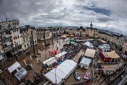 Scrutineering overview at Place de la République