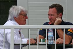 (Da Sx a Dx): Bernie Ecclestone, con Christian Horner, Team PrincipalRed Bull Racing