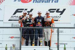 Podium: Winnaar Richard Verschoor, tweede Alexander Vartanyan, derde Jarno Opmeer