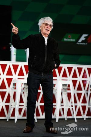 Bernie Ecclestone bij de Heineken sponsoraankondiging