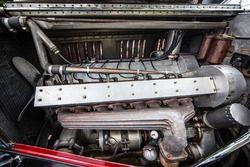 Classic Grand Tour: Bugatti motor