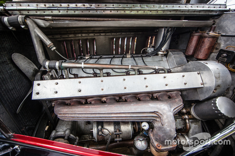 Classic Grand Tour: двигун Bugatti