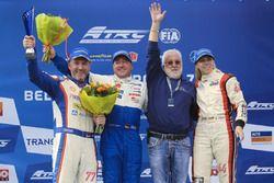 Podium: Sieger Jochen Hahn, MAN; 2. Rene Reinert, MAN; 3. Steffi Halm, MAN