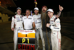 Race winnaars #1 Porsche Team Porsche 919 Hybrid: Timo Bernhard, Mark Webber, Brendon Hartley, Fritz