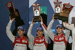 Podium: 2. Lucas di Grassi, Loic Duval, Oliver Jarvis, Audi Sport Team Joest