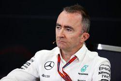 Paddy Lowe, Director de ejecutivo de Mercedes AMG F1 (técnico) en la Conferencia de prensa FIA