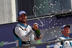 Podium: second place Stefano Comini, Leopard Racing, Volkswagen Golf GTI TCR
