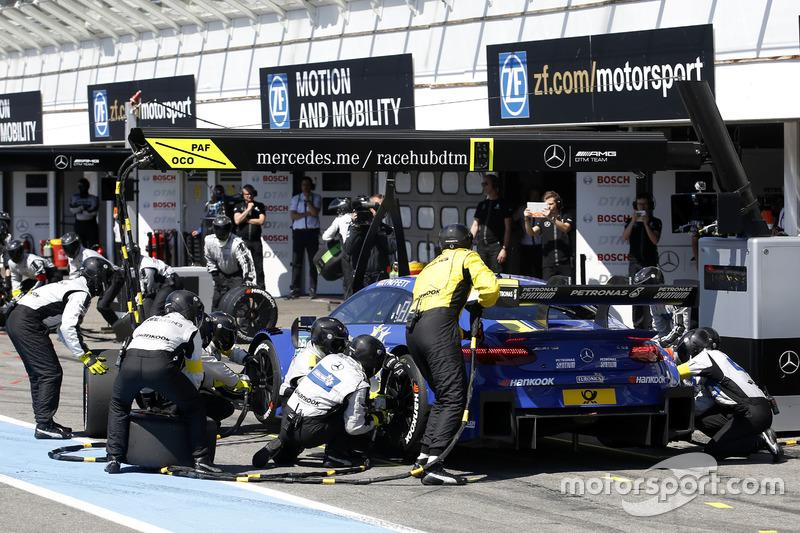 Pit stop Gary Paffett, Mercedes-AMG Team ART, Mercedes-AMG C63 DTM