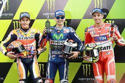 Ganador de la pole Jorge Lorenzo, Yamaha Factory Racing, segundo lugar Marc Márquez, Repsol Honda T