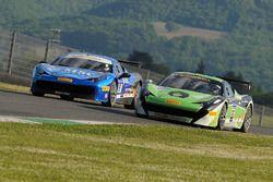 #32 StileF Squadra Corse Ferrari 458: Andreas Segler and #91 Rossocorsa Ferrari 458: Philipp Baron
