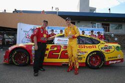 Polesitter Joey Logano, Team Penske, Ford